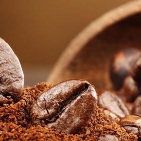 Wie reduziert man Abfall durch die Wiederverwendung von Kaffeesatz?