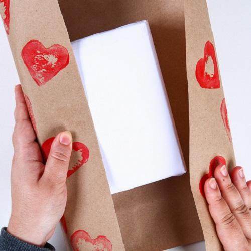 Warum Second-Hand Geschenke perfekt sind